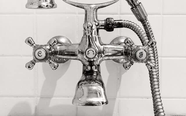 Why hiring a professional plumber is important